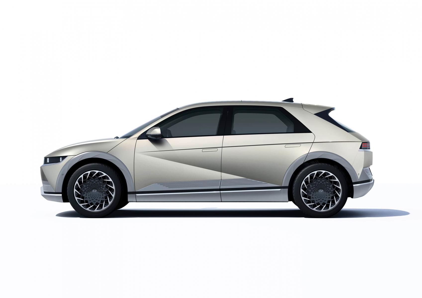 Hyundai IONIQ 5 переосмислює спосіб життя з електричною мобільністю | Богдан-Авто Кіровоград - фото 12